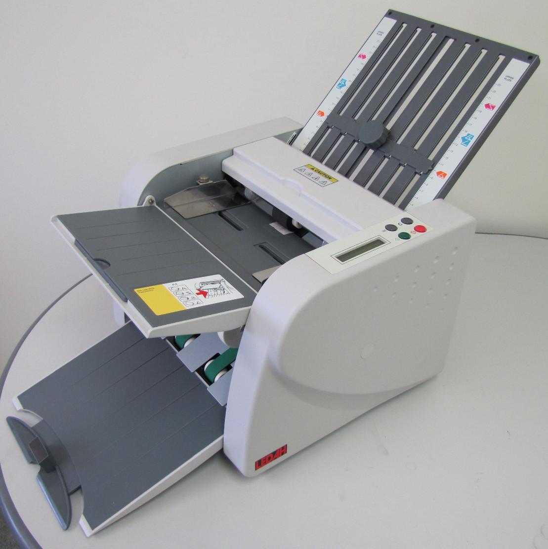 Desktop A4 Paper Folder